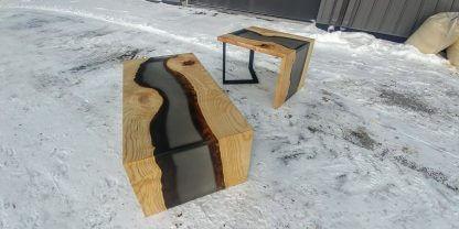 Projet rivière de tables de salon en époxy gris translucide